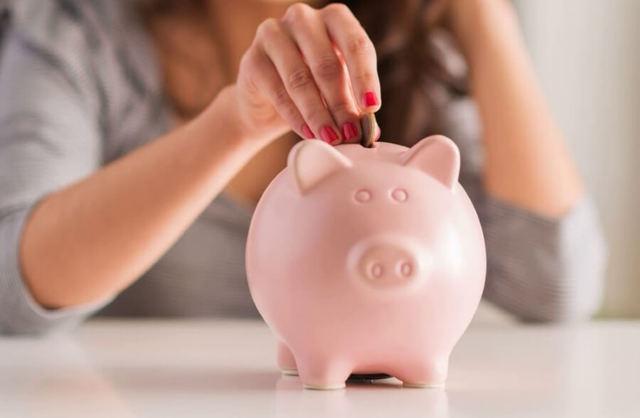 Как накопить денег при маленькой зарплате в России