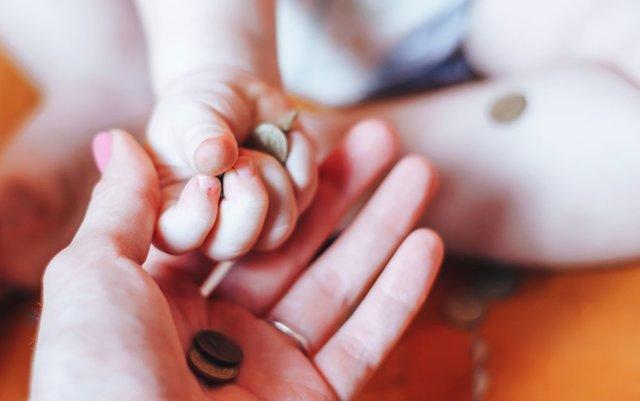 Выплаты по потере кормильца: размер пособия