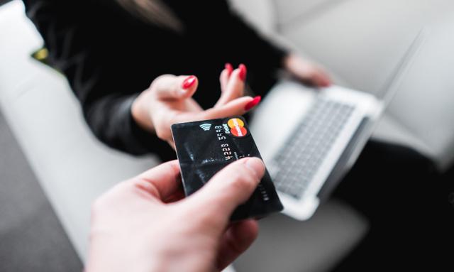 Как досрочно погасить кредит, выгодно ли это