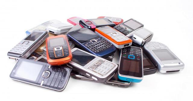 Куда можно сдать сломанный телефон за деньги