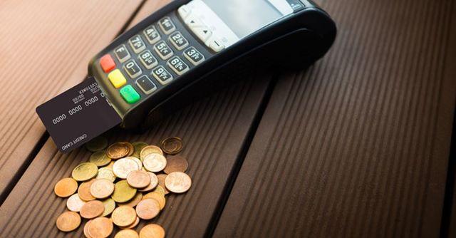 Совкомбанк: кредитные карты можно оформить онлайн