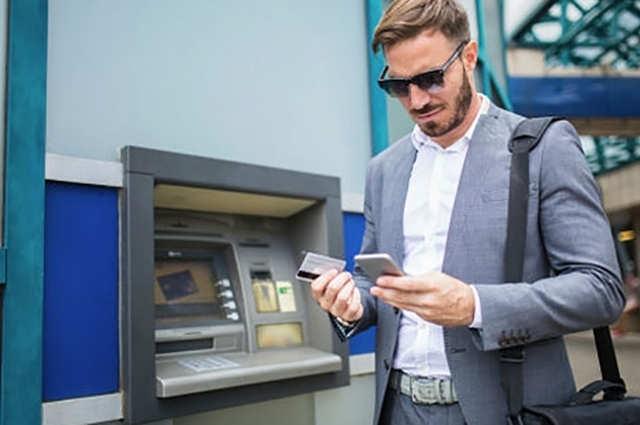 Как с ВТБ карты пополнить телефон